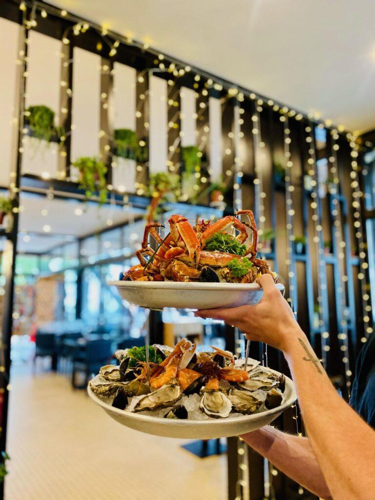 plateau de fruits de mer - le chalet des pierres jaumatres - restaurant en Creuse