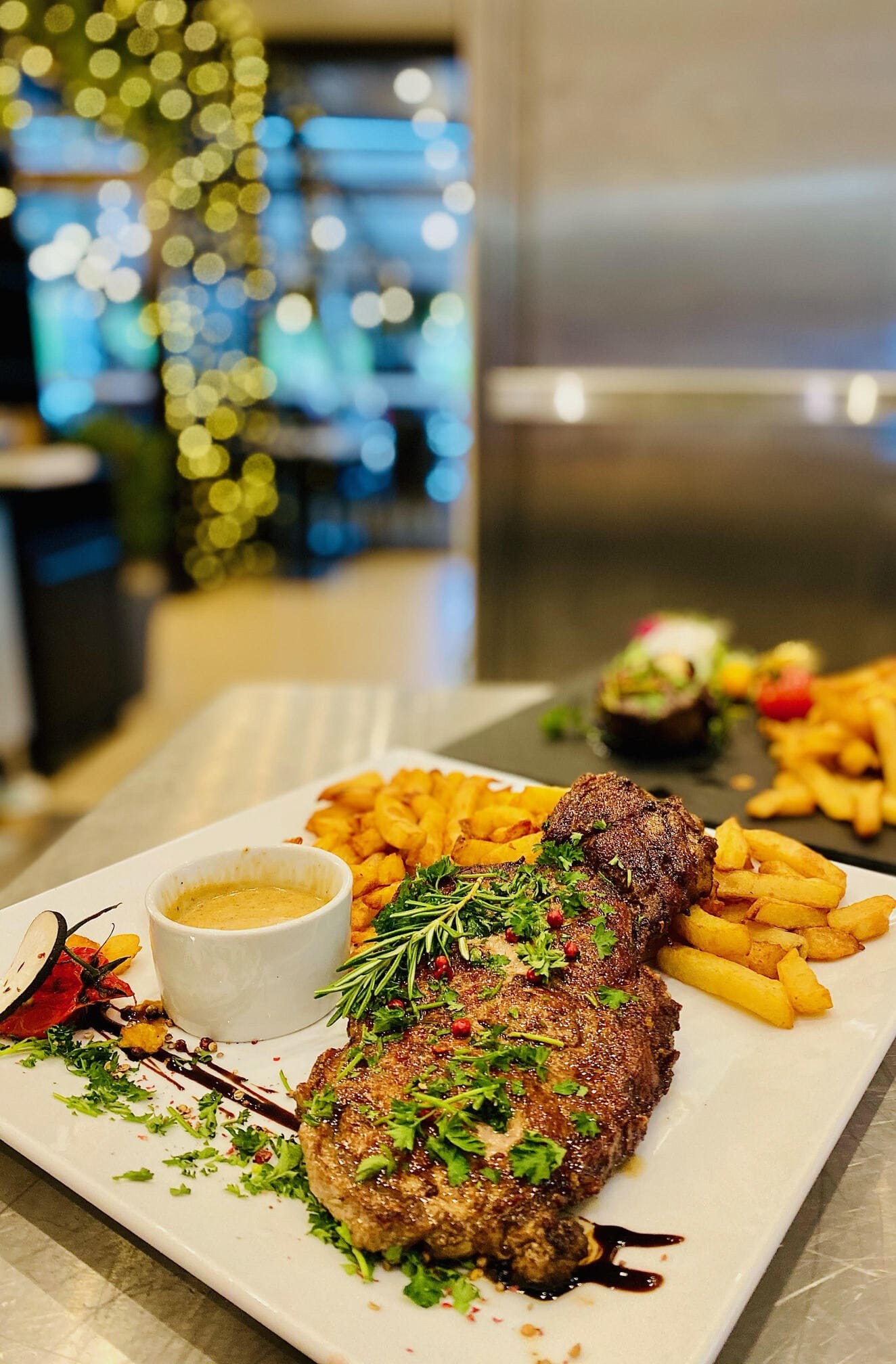 viande limousine frites maison - le chalet des pierres jaumatres - restaurant viande Creuse